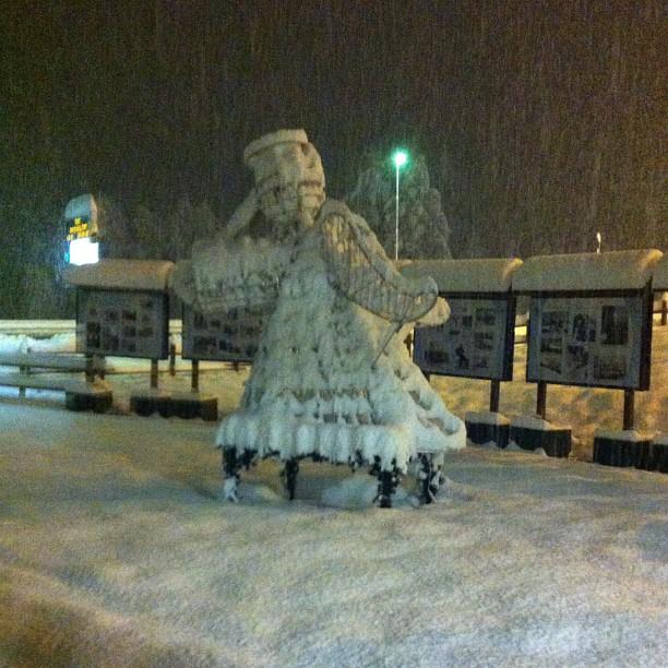 Let it snow,let it snow, let it snow #skisauze #sauzedoulx #hotelstellalpina