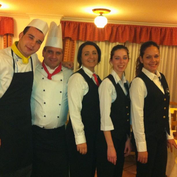 Staff ready.. #hotelstellalpina #sauzedoulx