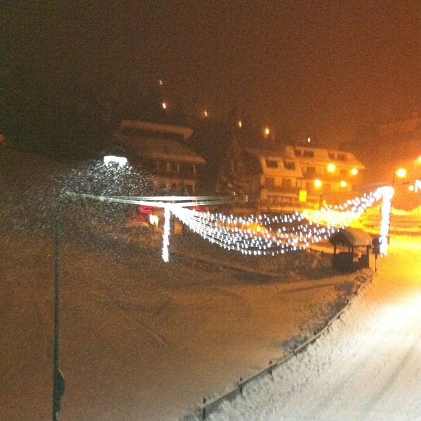 Snowy evening in #sauzedoulx , view from #hotelstellalpina