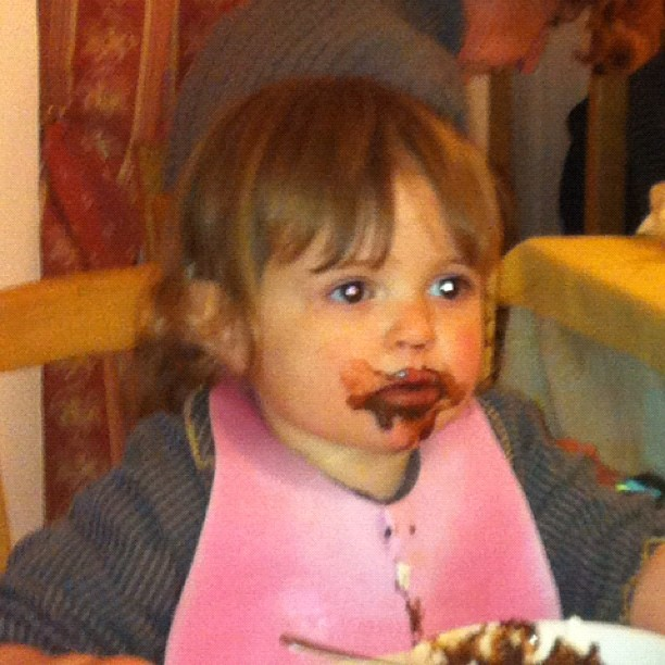 Erin likes our chocolate puddings #hotelstellalpina #sauzedoulx