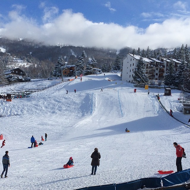 Fantastic conditions in Sauze d'oulx #sauzedoulx #skisauze. Rooms still free for Easter..