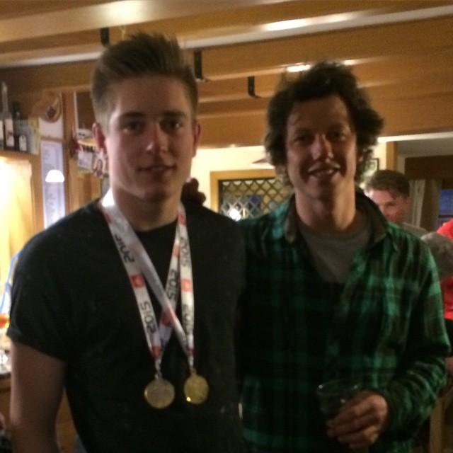 British slopestyle champion #harrywright and super coach #marcoeydallin #sauzedoulx #skisauze #stellalpinahotel