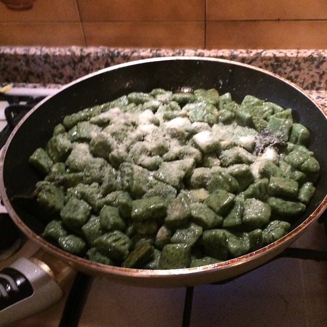 Very low cost supper... Nettle gnocchi made with our own potates and stinging nettles which I seem to grow in abundance. #sauzedoulx #skisauze #hotelstellalpina